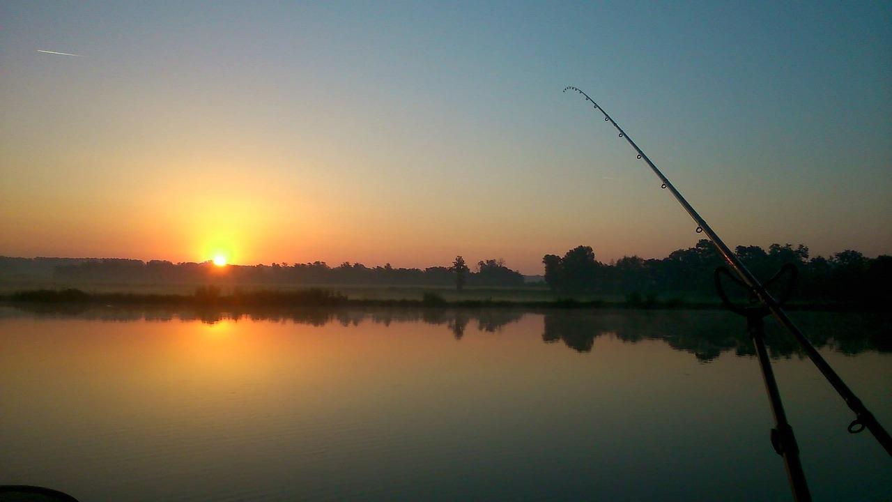 fishing-948058_1280